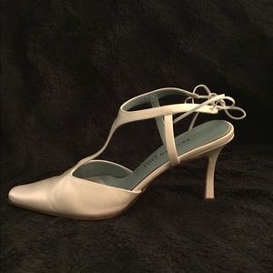 Kenneth Cole White Leather Bridal Heels
